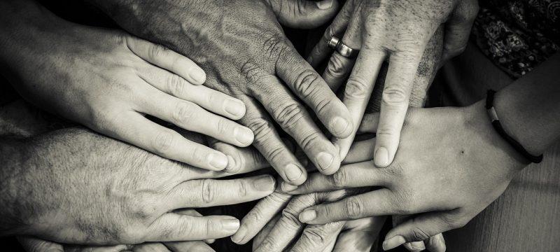 Kto dziedziczy długi po rodzicach?